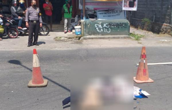 Hendak Salip Mobil Pengendara Motor di Sleman Tewas Kecelakaan