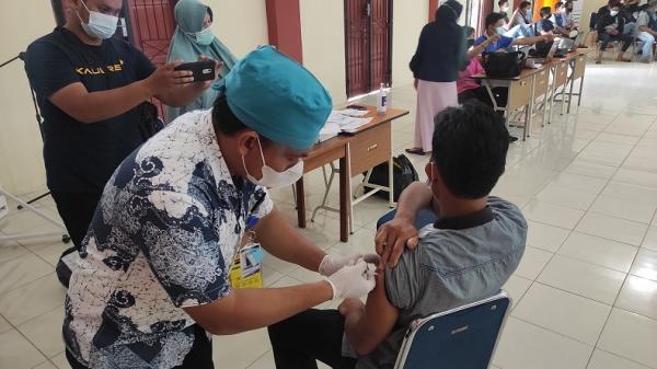 5.000 PMKS di Jakbar Disuntik Vaksin Awal September