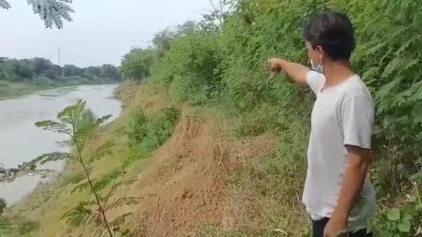 Tanggul Sungai Cimanuk Ambruk, 100 Rumah Warga Indramayu Terancam Longsor