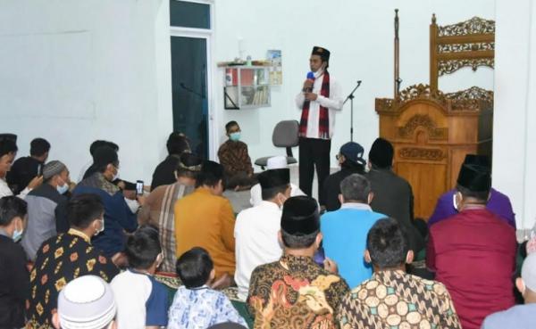 UAS Ceramah Subuh di Kawasan Banjir di Padang: Setiap Musibah Pasti Ada Hikmahnya
