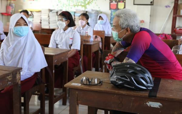 Daerah Harus Tegas jika Sekolah Gelar PTM Tanpa Izin, Ganjar: Yang Nggak Lapor, Bubarkan