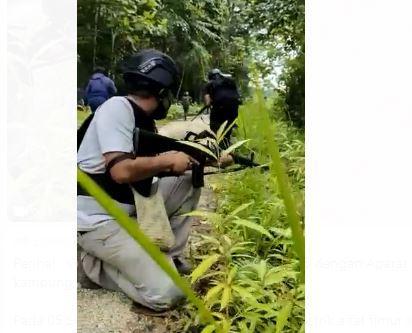 Gugur dalam Kontak Tembak Minggu Pagi, Jenazah Personel Polri Dievakuasi ke Timika