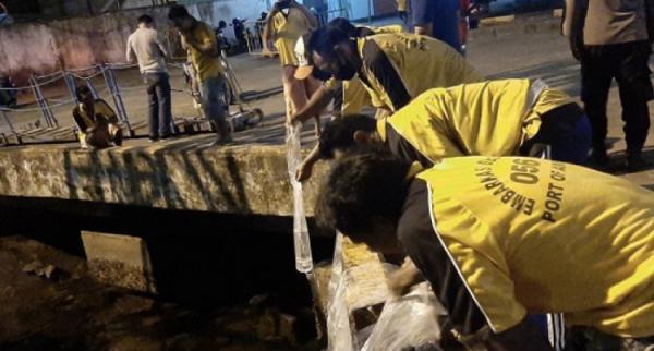 80 Liter Miras Sopi Ditemukan di Kapal Pelni, Dibuang ke Laut oleh Buruh Pelabuhan