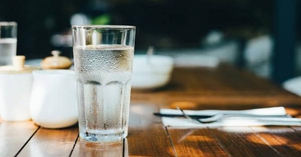 Rutin Minum Air Putih Setiap Hari Bisa Cegah Gagal Jantung, Sudah Tahu?