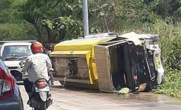 4 Orang Tewas dalam Kecelakaan Karambol di Tanjakan Sigar Bencah Semarang