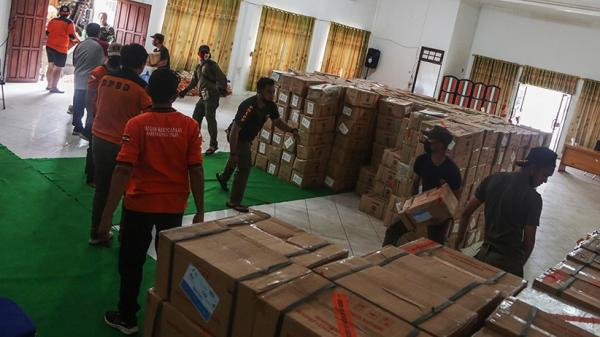 Bantuan Logistik untuk Korban Banjir Katingan