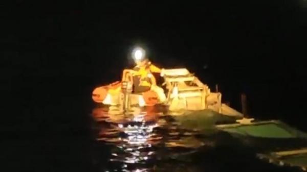 Basarnas Kendari Evakuasi 2 Jasad Korban Kapal Tenggelam di Perairan Laut Banda