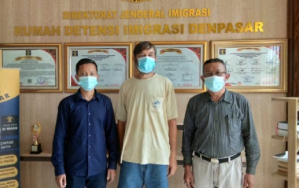 WNA Rusia Mantan Napi Narkoba di Bali Dipulangkan ke Negaranya