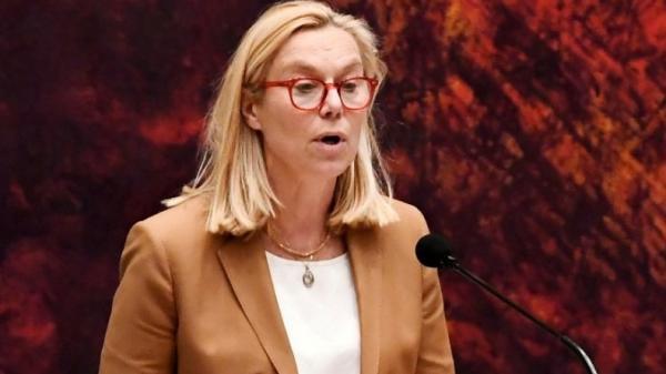Dikritik Lamban Tangani Pengungsi Afghanistan, Menteri Ini Mundur