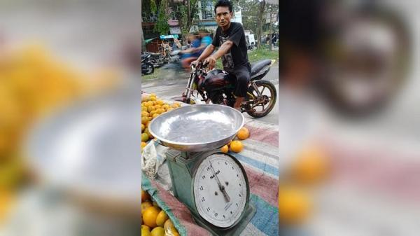 Video Preman Palak Pedagang Jeruk di Kota Medan Viral di Medsos