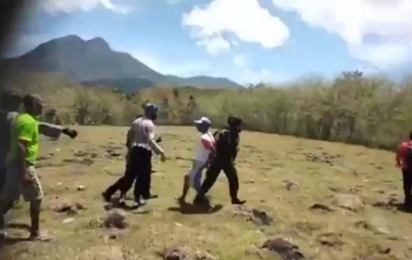 Tak Terima Tanah Adat Jadi Lahan Waduk, Warga Bentrok dengan Brimob Bersenjata Lengkap