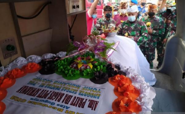Jenazah Pratu Ida Bagus Putu Gugur Ditembak KKB Dimakamkan di Taman Makam Pahlawan