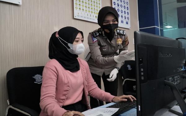 Ujian Teori SIM Bisa dari Rumah, Polrestabes Bandung Punya Aplikasi e-AVIS