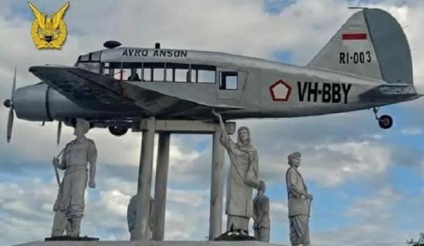 Kisah Avro Anson RI003, Pesawat yang Dibeli dengan 12 Kg Emas Sumbangan Warga Sumatera