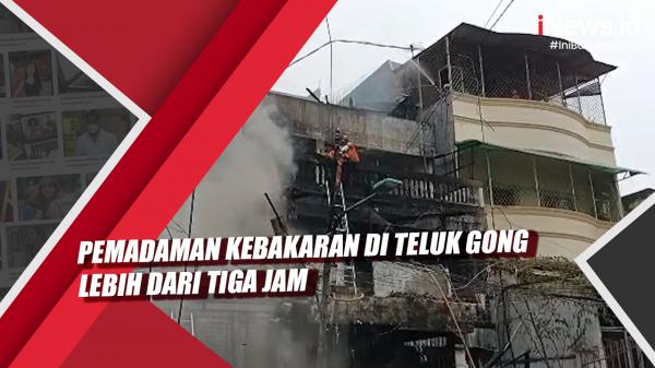 Video Pemadaman Kebakaran di Teluk Gong Lebih dari Tiga Jam
