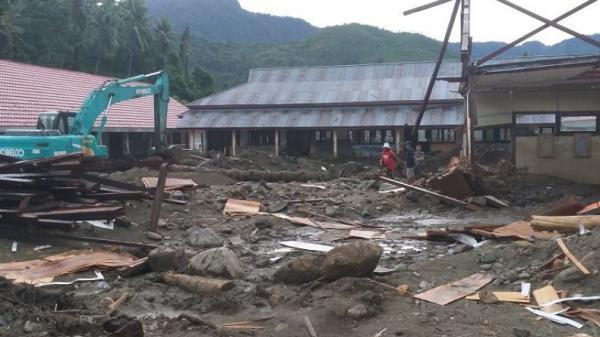 BPJN Sulut Bantu Pemulihan Desa Batu Merah usai Banjir Bandang