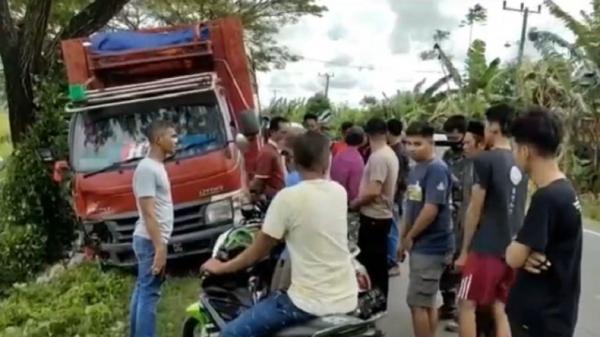 Ngebut Bawa Motor, Anak 14 Tahun Tewas Mengenaskan setelah Menghantam Truk