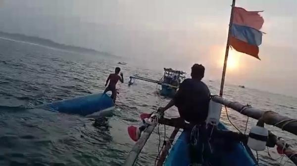 Perahu Terbalik di Cianjur, 2 Nelayan Sukabumi Selamat setelah Berenang 10 Km