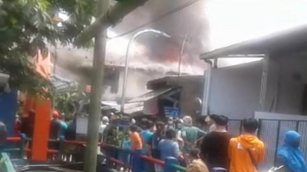 5 Rumah di Pagarsih Bandung Ludes Terbakar, Warga Dengar Ledakan