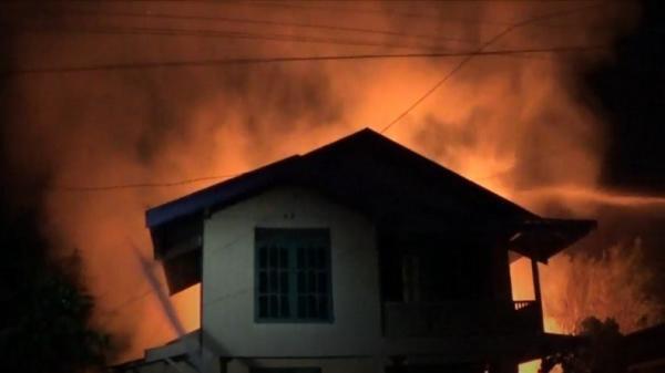 Kebakaran di Permukiman Padat Barito Utara, Warga Panik Lihat Kobaran Api