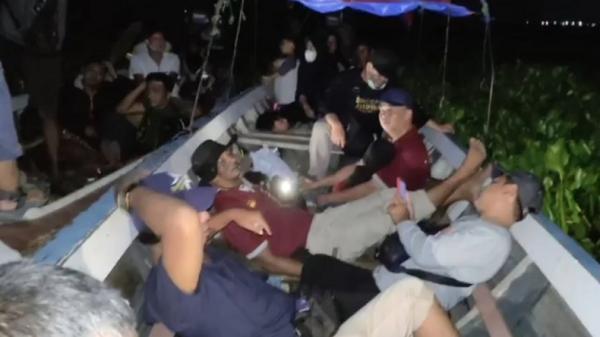 Kisah 23 Wisatawan Terjebak Eceng Gondok, 6 Jam di Tengah Waduk Jatiluhur Gelap Gulita
