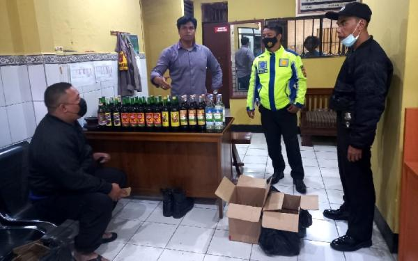 Malam Maulid Nabi, Polisi Polisi Razia Miras di Cibadak Sukabumi