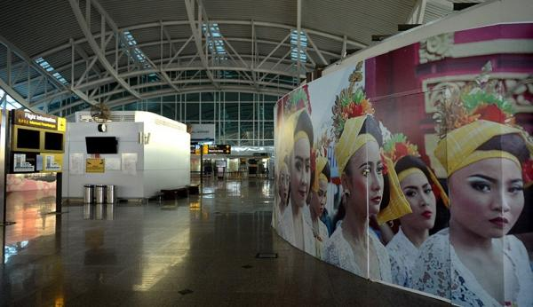 Suasana Lengang Bandara Ngurah Rai, Penerbangan Internasional Masih Nihil Sejak Dibuka