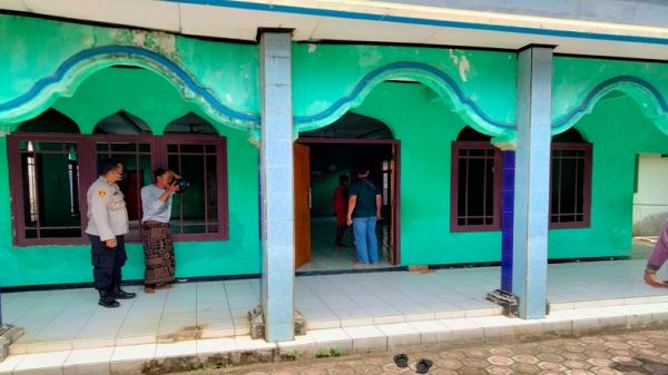 5 Fakta Pria Rusak Madrasah dan Mesjid di Sukabumi, Nomor 4 Diduga ODGJ