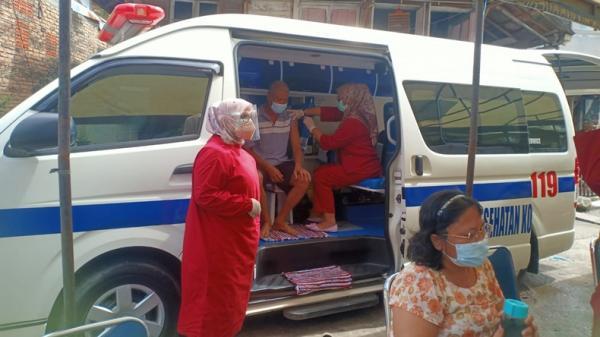 Pemkot Padang Kebut Vaksinasi, Jemput Bola dengan Mobil Vaksin Covid-19