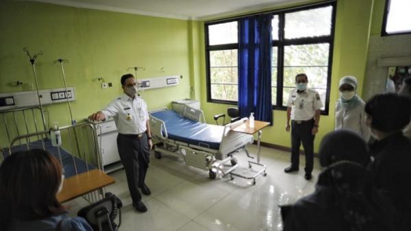 Anies Cek Fasilitas Kesehatan RSUD dan Puskesmas di Kepulauan Seribu