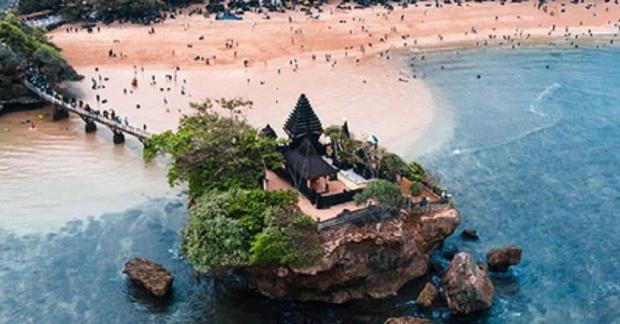 5 Wisata Pantai Balekambang Malang Ada Tanah Lot Mirip Bali Dan Tiket Rp15 000