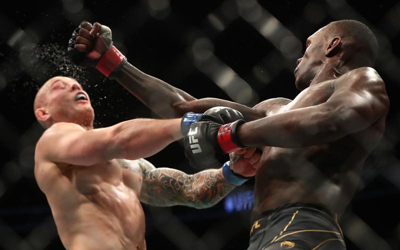 Hasil UFC 263: Jagoan Kelas Menengah Israel Adesanya Bekuk Marvin Vettorri