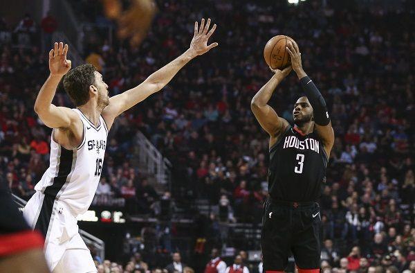 Chris Paul dan James Harden Tampil Beringas, Rockets Hantam Spurs
