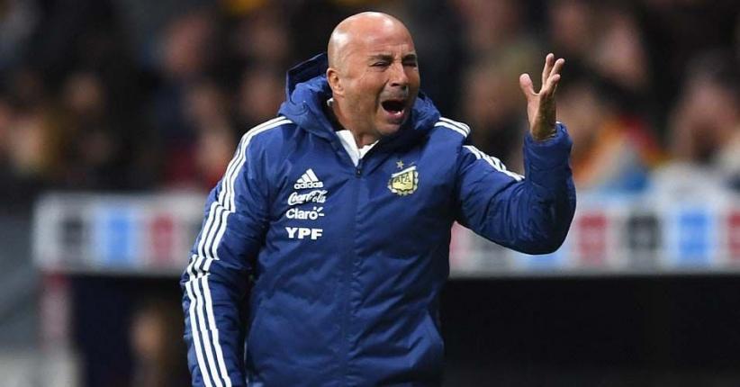 Argentina Dipermalukan Spanyol, Sampaoli Tertampar, Messi Walkout