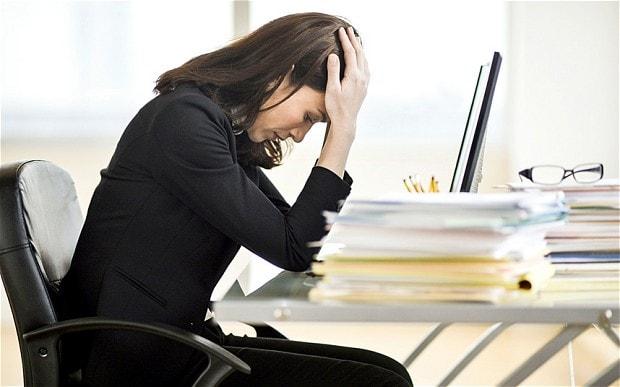 Awas, Risiko Stres hingga Gagal Jantung jika Keseringan Kerja Lembur