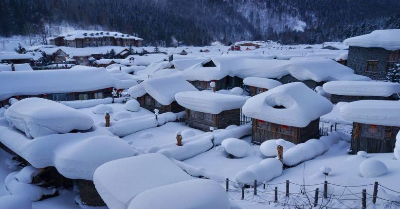 Lagi Ngehits di Harbin Tiongkok, Melihat Pahatan Salju Terbesar Dunia