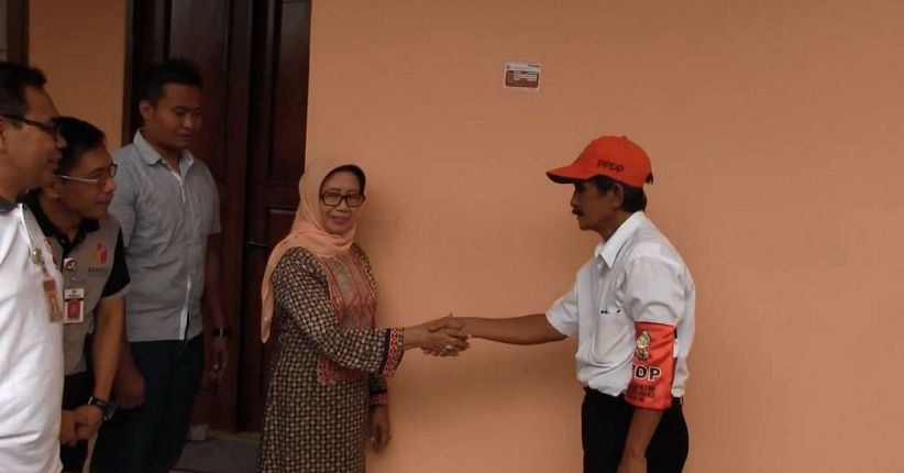 Ibu Presiden Jokowi Jadi Warga Solo Pertama Coklit Data Pemilih