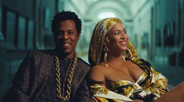 Video Klip Terbaru, Beyonce Pakai Anting Panjang Karya Rinaldy Yunardi