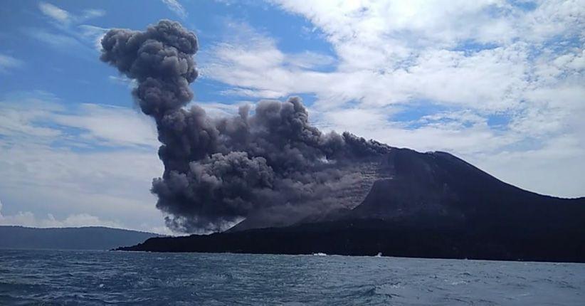 Sempat Erupsi, Gunung Anak Krakatau Alami 17 Kali Gempa