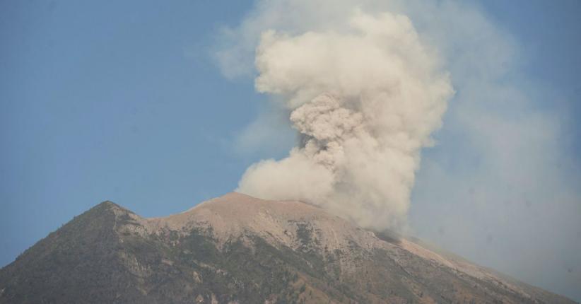 Gunung Agung Belum Stabil, Status Masih Siaga