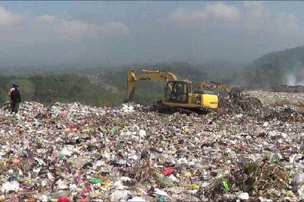Ikatan Pemulung Indonesia Protes Larangan Plastik oleh Pemerintah