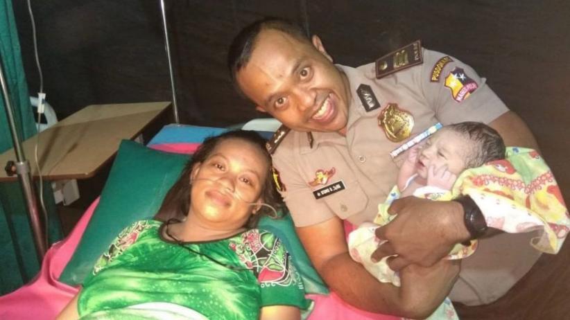 3 Bayi Lahir dengan Selamat di Tenda Darurat Korban Gempa Lombok