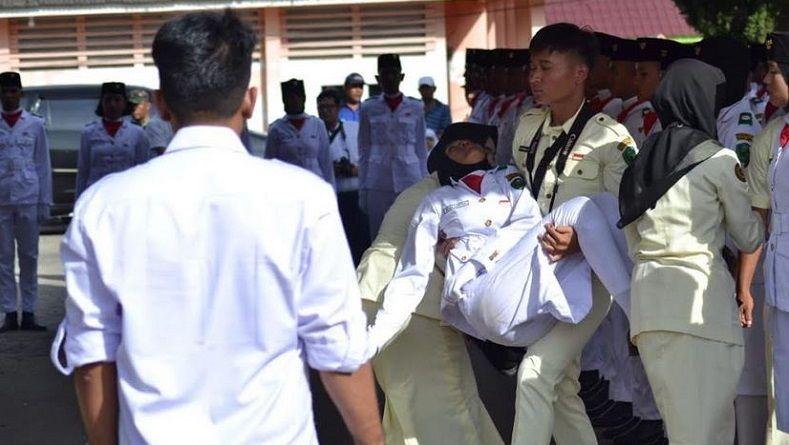 Belum Sarapan, Puluhan Siswa SMP Peserta Gerak Jalan di Ternate Pingsan