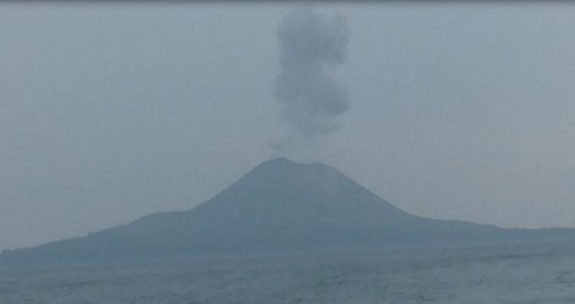 Aktivitas Gunung Anak Krakatau Meningkat, Terjadi 29 Kali Letusan