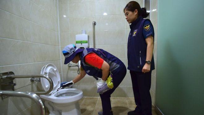 Cegah Kamera Cabul, Petugas di Seoul Cek Semua Toilet Umum Setiap Hari