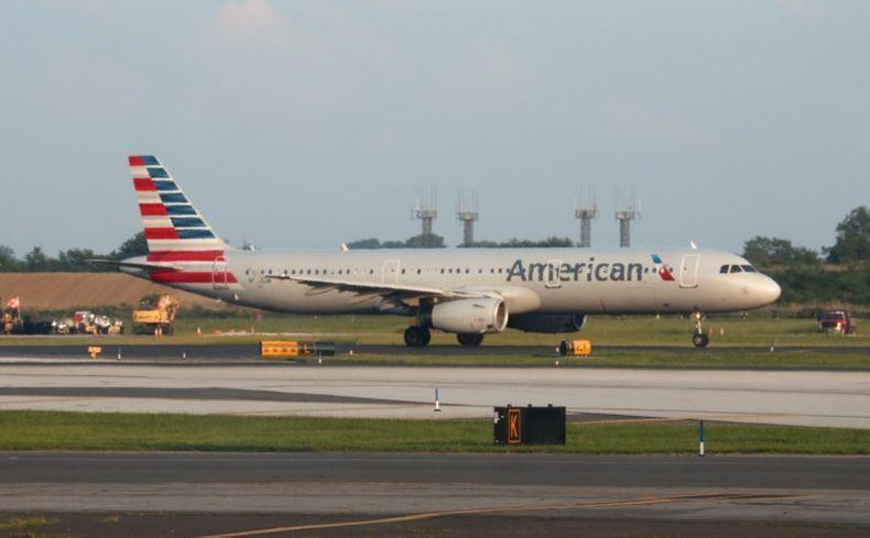 Penumpang Sakit Tiba-Tiba Terjadi Lagi, Kali Ini di American Airlines