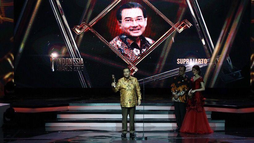 Dirut BRI Suprajarto Tokoh Profesional Terbaik Indonesia Awards 2018
