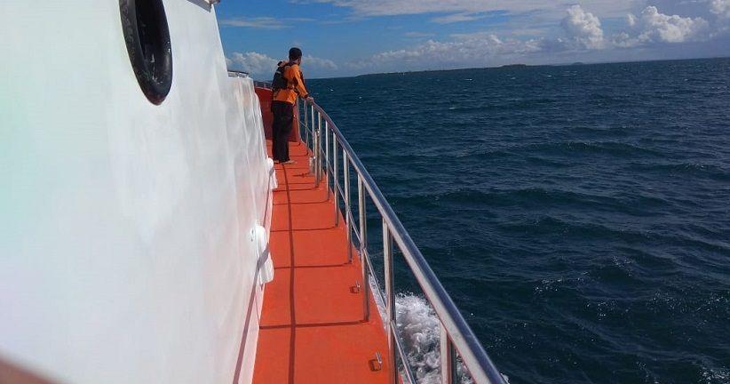 Kapal La Hila Tenggelam Dihantam Ombak di Pulau Pudar, 2 Orang Hilang
