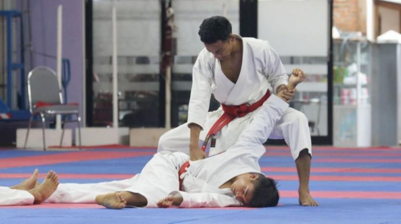 Petugas Lapas Atlet Karateka Sumbangkan Perak untuk Sulsel