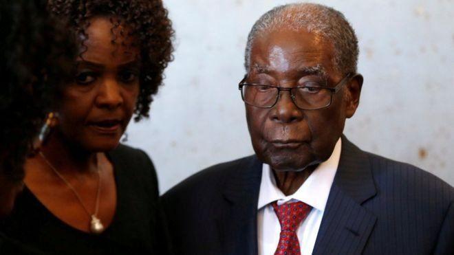 Robert Mugabe, Eks Presiden Zimbabwe 'Lumpuh' dan Dirawat di Singapura